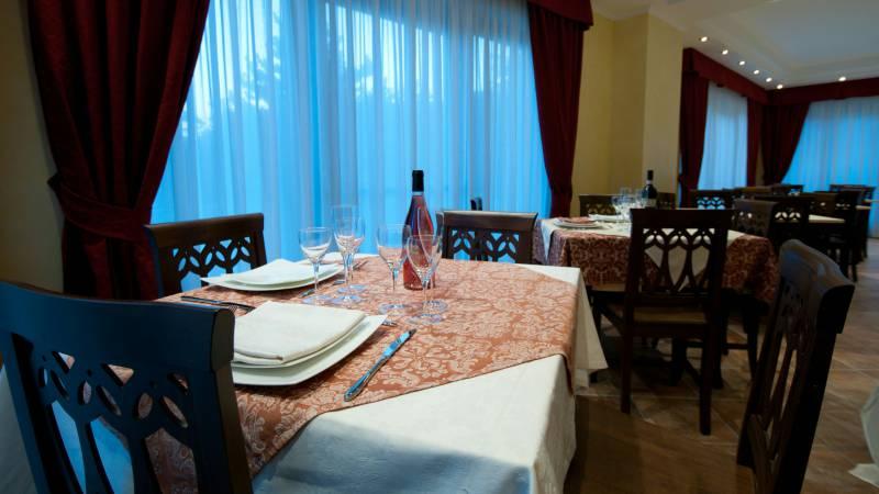 hotel-san-berardo-restaurant-4